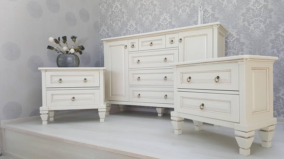 extins.ro - Mobilier lemn masiv - Comoda cu usi si sertare si noptiera cu sertare - in Stil Clasic (2)