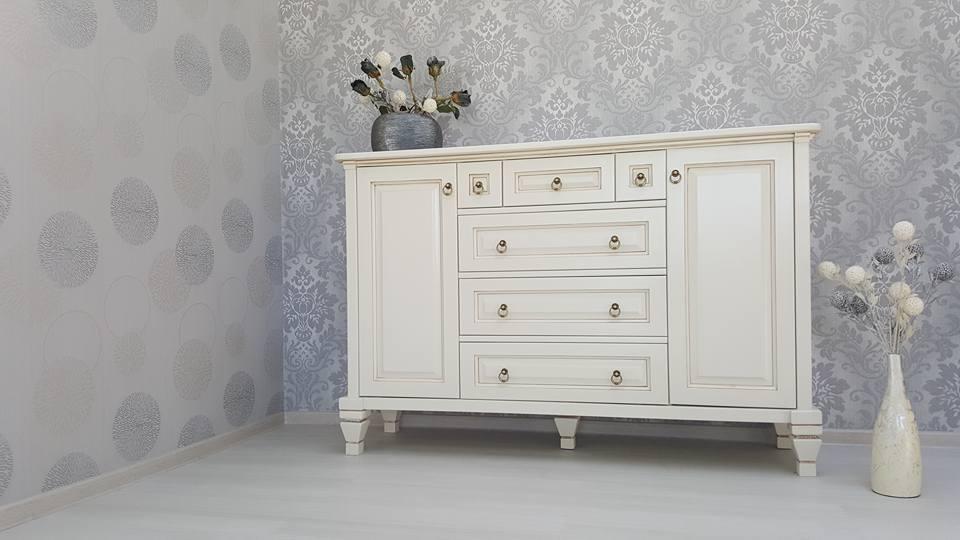 extins.ro - Mobilier lemn masiv - Comoda cu usi si sertare si noptiera cu sertare - in Stil Clasic (7)